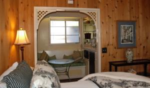 Carmel Garden Inn, Bed & Breakfast  Carmel - big - 27