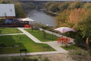Zhar-Ptitsa, Szállodák  Omszk - big - 130