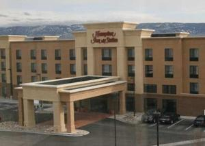 Hampton Inn & Suites Casper, Отели - Каспер