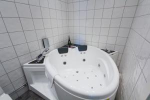 Best Western Hotel Linkoping, Szállodák  Linköping - big - 61
