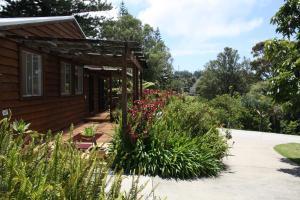 Ahstyk Cottage, Dovolenkové domy  Burnt Pine - big - 18