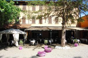Albergo Ristorante Sant'Eustorgio