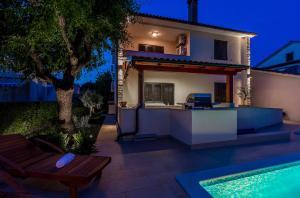 Holiday Home Villa Pula, Dovolenkové domy  Pula - big - 3