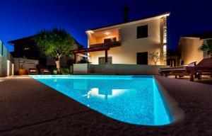 Holiday Home Villa Pula, Case vacanze  Pola - big - 1