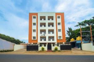 ThulasiRams Service Apartments - Irugūr