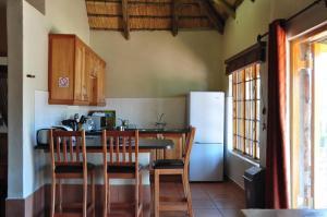 Lake Naverone Holiday Cottages, Resorts  Drakensberg Garden - big - 206
