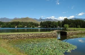 Lake Naverone Holiday Cottages, Resorts  Drakensberg Garden - big - 195