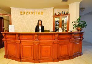 Hotel Maxim, Отели  Орадя - big - 29