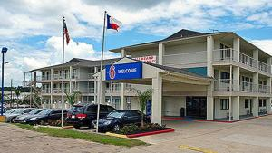 Motel 6 Humble - New Caney