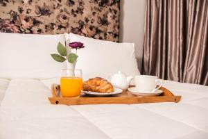 Vivar Hotel, Hotels  Tirana - big - 19