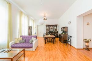 Feelathome Apartments on Millionnaya - Sankt Petersborg