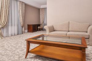 Business club hotel RAZUMOVSKY, Szállodák  Omszk - big - 114