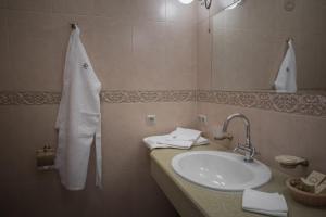 Business club hotel RAZUMOVSKY, Szállodák  Omszk - big - 99