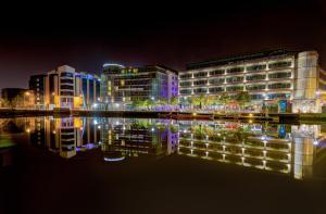 Clayton Hotel Cork City, Корк