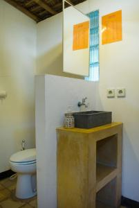 Standard Double Room with Shared Bathroom ViaVia Guesthouse