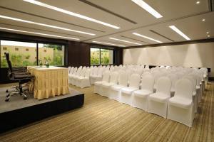 Hilton Bangalore Embassy GolfLinks (11 of 56)