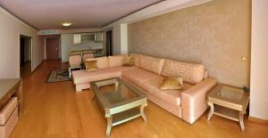 Deluxe Suite (4 Adults)