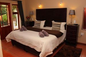 Del Roza Guest House