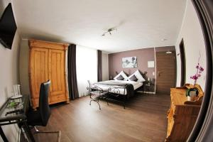 Apado-Hotel garni - Jägersburg