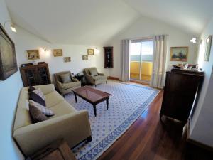 Finest Rentals - Beachfront Penthouse