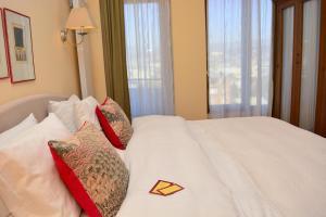 Betsy's Hotel, Hotely - Tbilisi