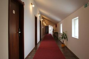 Hotel Lug, Hotel  Bilje - big - 44