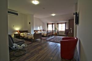 Hotel Lug, Hotel  Bilje - big - 48