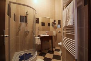 Hotel Lug, Hotel  Bilje - big - 49