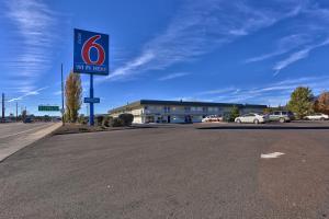 Motel 6-Flagstaff, AZ - Butler