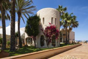 Invisa Hotel Club Cala Verde, Hotels  Es Figueral Beach - big - 1