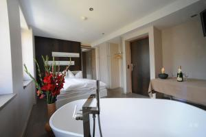 Chez Gilles, Hotel  La Chaux-de-Fonds - big - 11