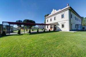 Villa Tolomei Hotel & Resort (1 of 57)