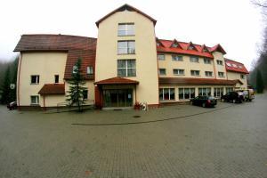Hotel i Restauracja Złoty Las