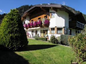 Haus Egger - Apartment - Neustift im Stubaital