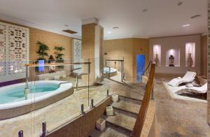 GF GRAN COSTA ADEJE*****, Hotels  Adeje - big - 18