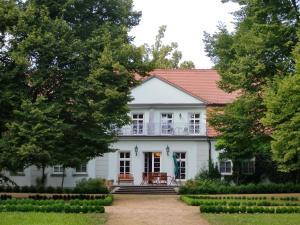 Internat Schloss Spiegelberg - Breddin