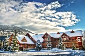 Glacier House Hotel & Resort - Accommodation - Revelstoke