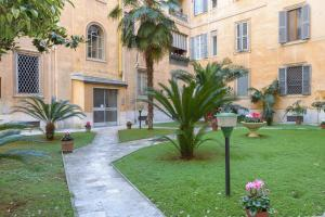 Rome Guest House Saint Peter, Apartmány  Rím - big - 13