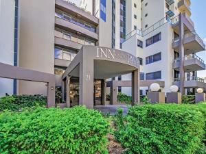 Inn on the Park Apartments