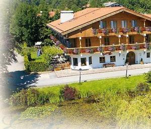 3 hvězdičkový penzion Hotel Gasthof Eder Gmund am Tegernsee Německo