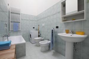 Feel Like Home In Milan, Apartments  Milan - big - 33