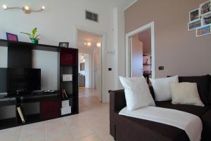 Feel Like Home In Milan, Apartments  Milan - big - 55