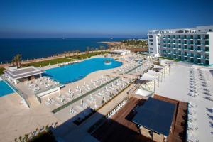 King Evelthon Beach Hotel & Resort (8 of 52)