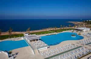 King Evelthon Beach Hotel & Resort (7 of 52)