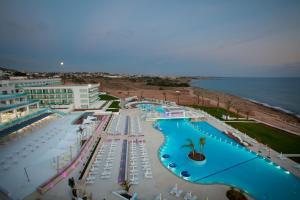 King Evelthon Beach Hotel & Resort (19 of 52)
