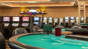 Horseshoe Bossier Casino & Hotel, Курортные отели  Бошьер-Сити - big - 31