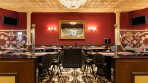 Horseshoe Bossier Casino & Hotel, Курортные отели  Бошьер-Сити - big - 37