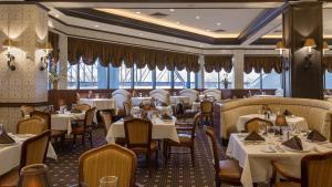 Horseshoe Bossier Casino & Hotel, Курортные отели  Бошьер-Сити - big - 42