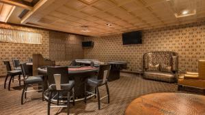 Horseshoe Bossier Casino & Hotel, Курортные отели  Бошьер-Сити - big - 52