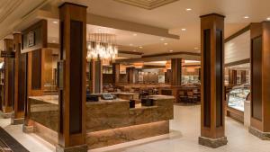 Horseshoe Bossier Casino & Hotel, Курортные отели  Бошьер-Сити - big - 57